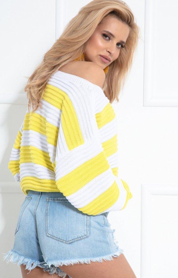 Oversizowy sweter w paski F1044 tył