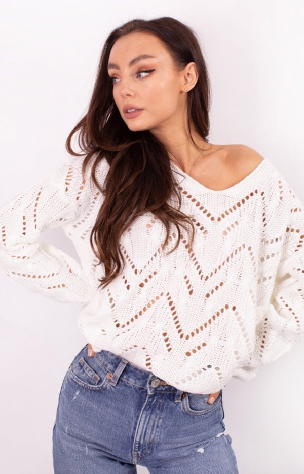Ażurowy sweterek ecru LS319