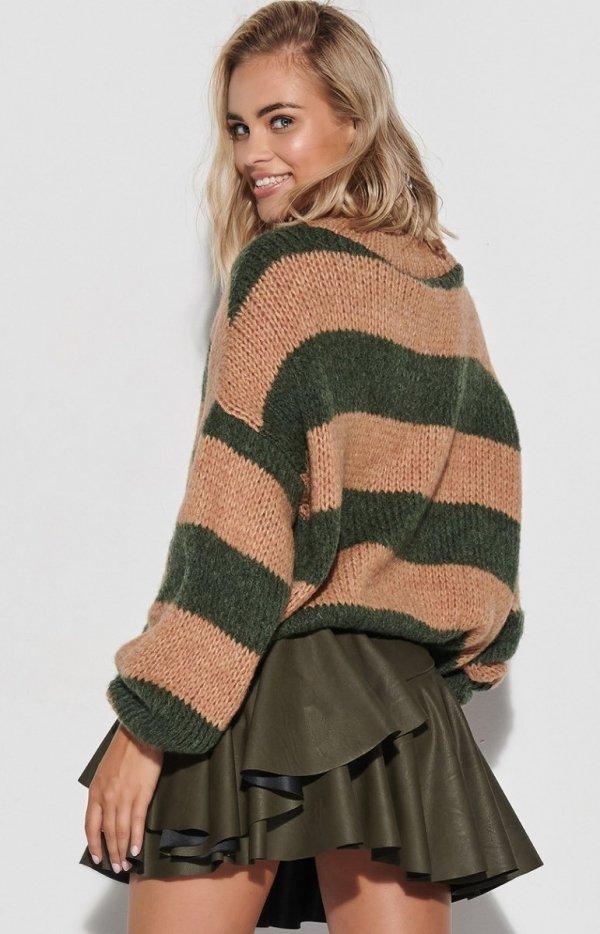 Oversizowy sweter w khaki paski S106 tył