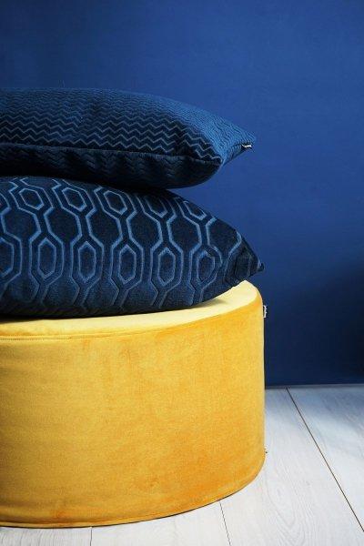 Chevron granatowa poduszka dekoracyjna 50x30