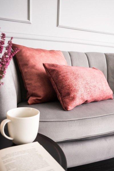 Stone różowa poduszka dekoracyjna 50x30