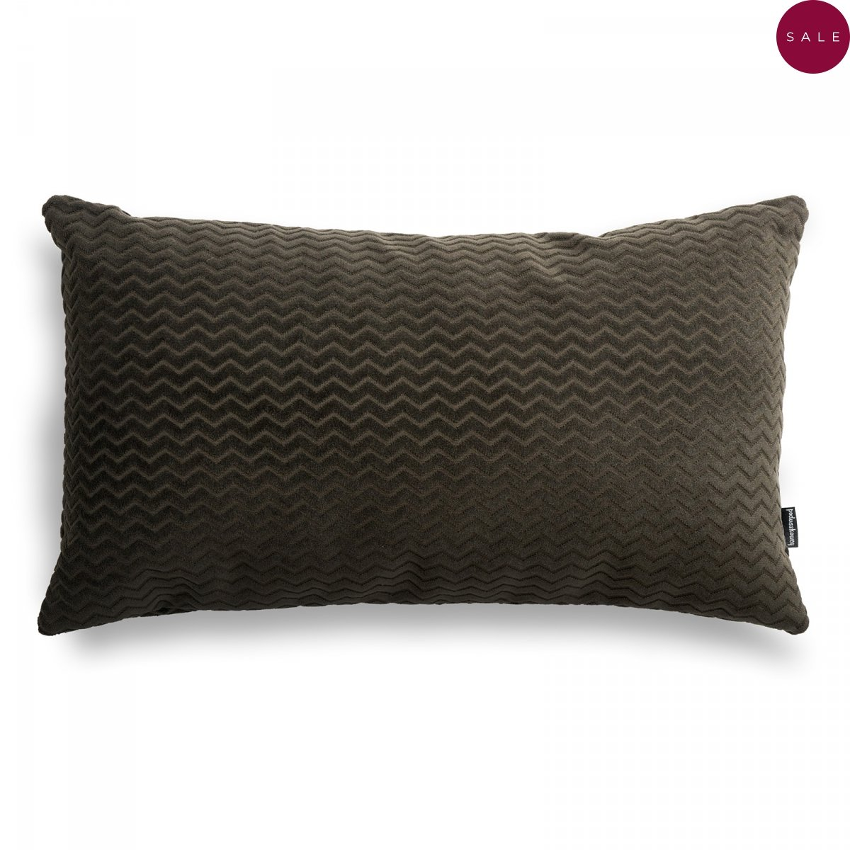 Chevron brązowa poduszka dekoracyjna 50x30