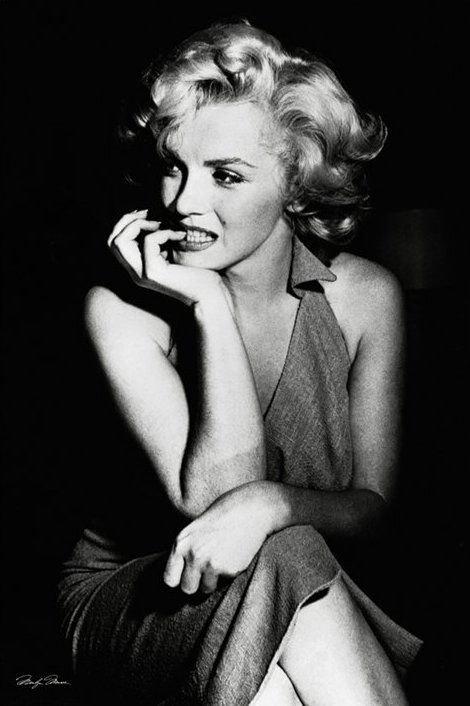 Marilyn Monroe (sitting) - plakat