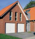 Brama uchylna N 80, 2500 x 2250, Wzór 902 z drzwiami, kolor do wyboru