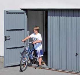 Brama uchylna N 80, 2375 x 2375, Wzór 902 z drzwiami, kolor do wyboru