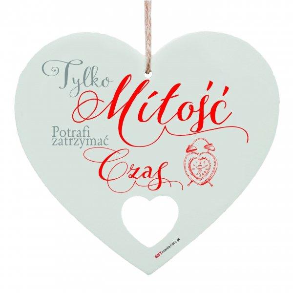 """Drewniana tabliczka w kształcie serca """"Tylko miłość..."""""""